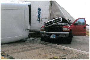 At Haslam & Gallagher, our Fort Worth Truck Crash attorneys have been successfully representing injured people and responsible truckers since 1986. Contact us for help after Truck Crash.